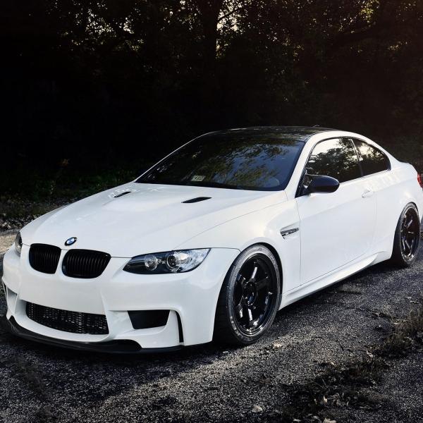 BMW-Serie-3-E92-Coupé-06-10-Para-choques-Frente-Look-M1-2