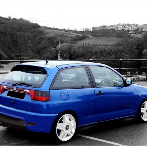 Seat-Ibiza-6K-93-96-Para-choques-Trás-6K-look-6L-Cupra-PCU1234