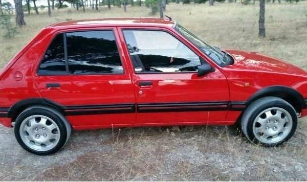 Peugeot-205-83-96-Abas-Frisos-Portas-Peugeot-205-GTI-5Portas